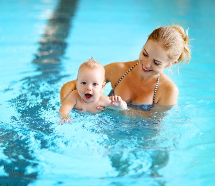 2310 do publikacji+ Pierwsze wizyty na basenie - jak zadbać o skórę młodego pływaka_ POPR