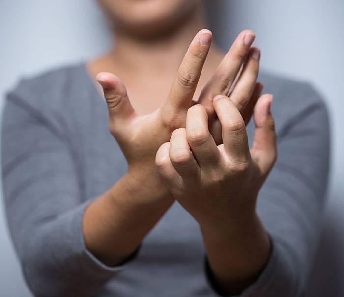 AZS może dotykać osoby dorosłe
