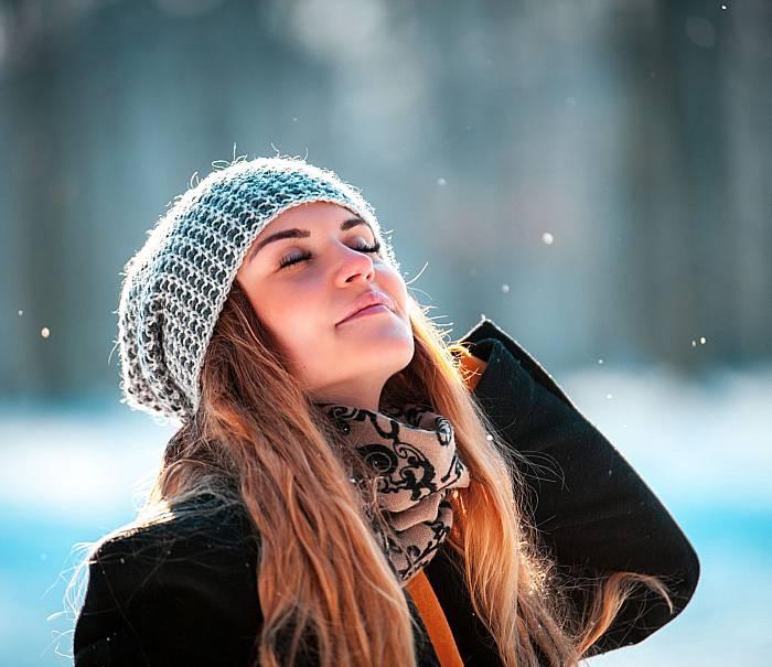 emotopic-nadwrazliwosc-na-slonce-czy-moze-sprawiac-problem takze-zima