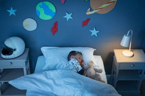 rytuały przed zaśnięciem atopika